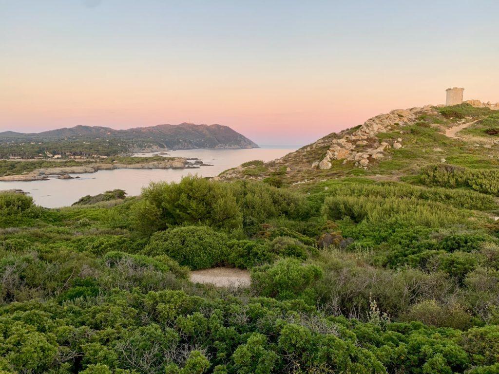 Лазурный берег остров Эмбье