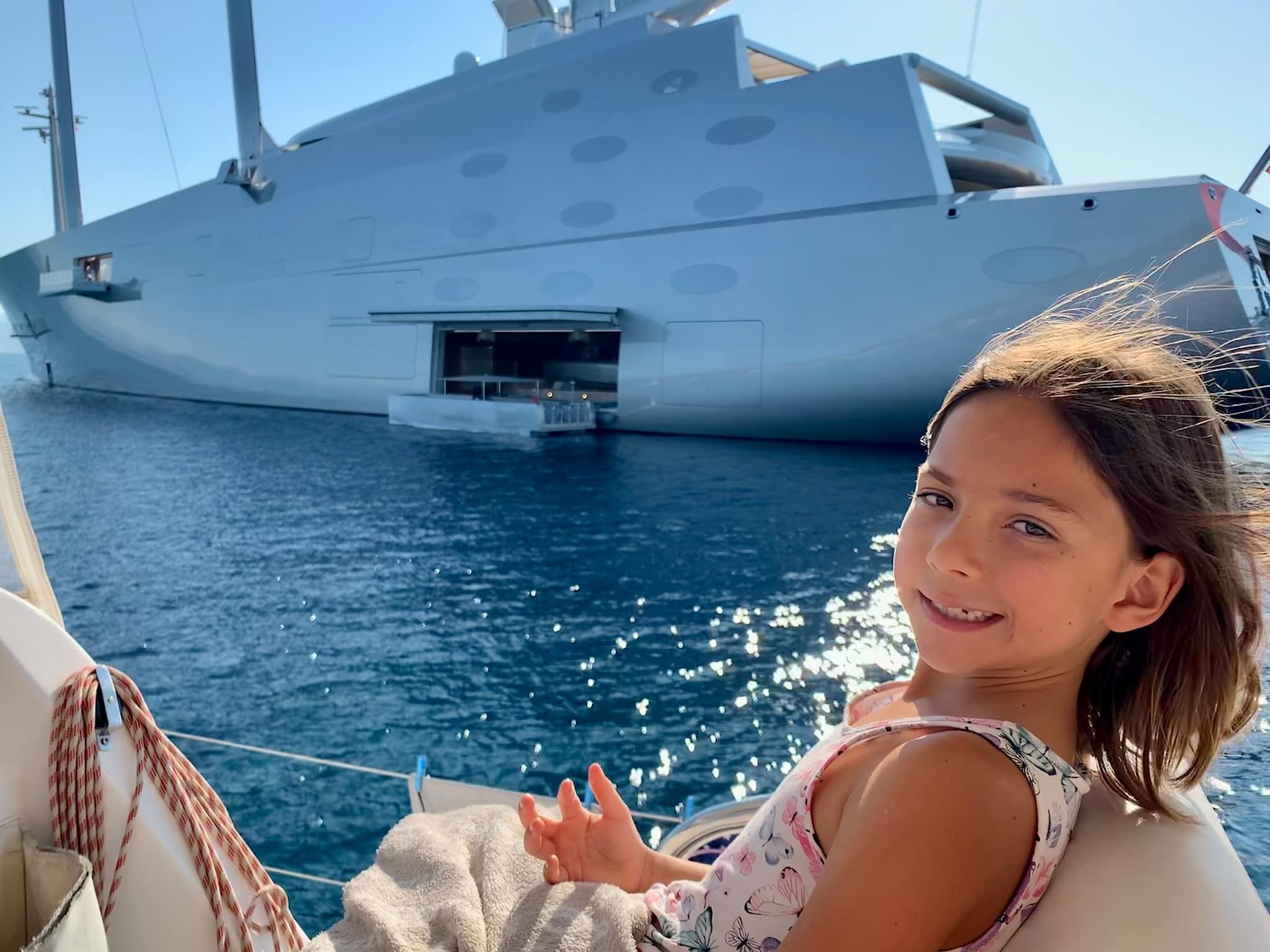 яхта А Яна Лазурный берег