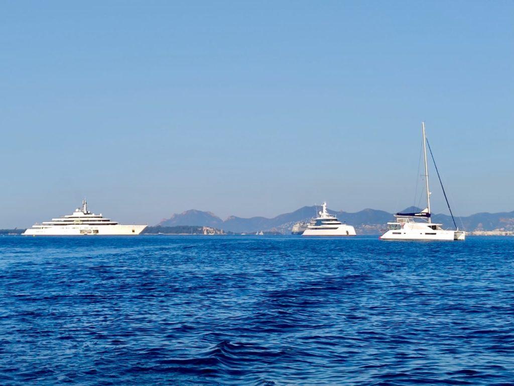 excellence eclipse mana mana yacht