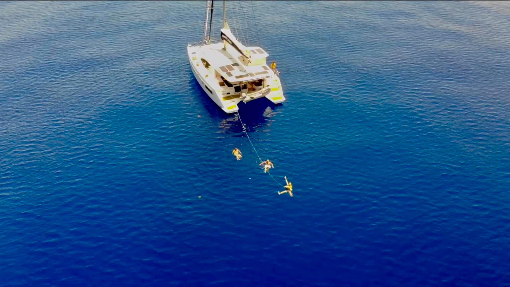 катамаран мана мана купание в океане