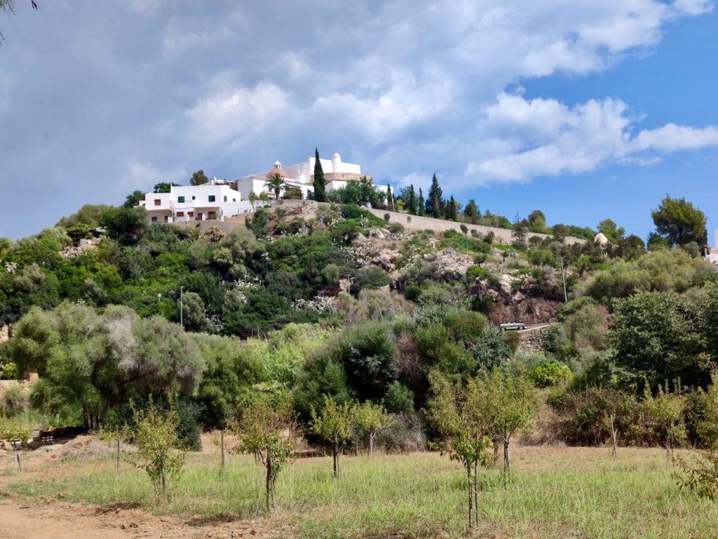 Санта Эулалия холм церковь